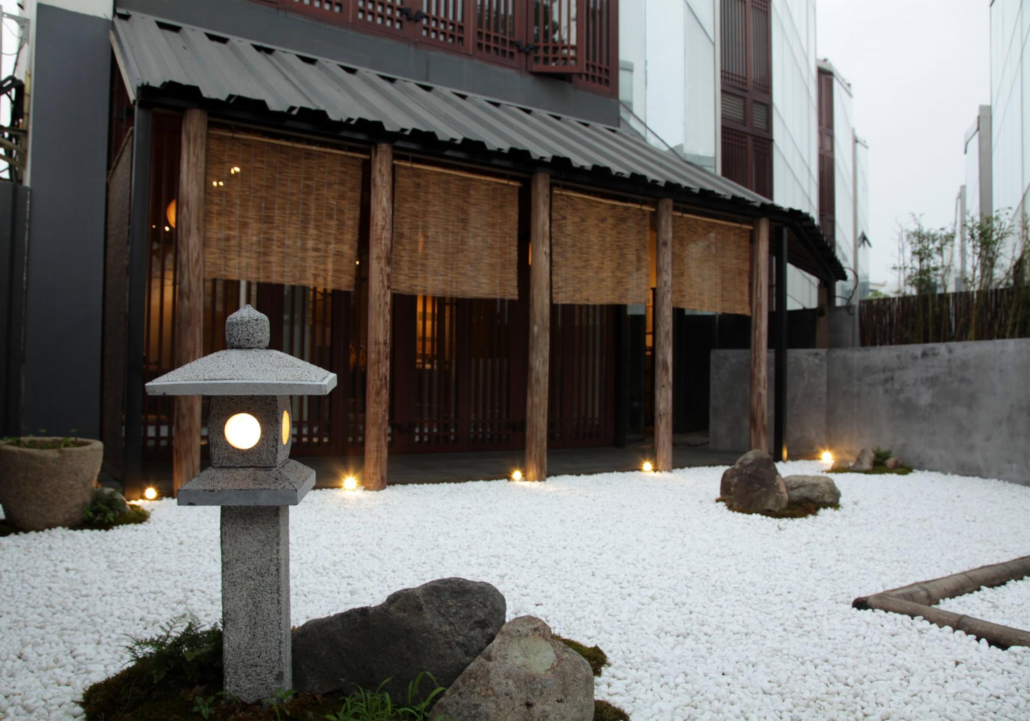 外庭上海ゴルフ旅館